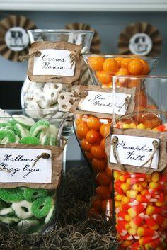 Halloween treats candy display, halloween parties, candy buffet, halloween candy, halloween candi, candies, halloween party ideas, halloween treats, candy jars
