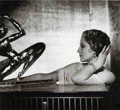 George Hurrell, Norma Shearer, 1932; via Gatochy
