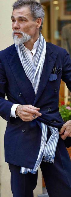 What you think? blue suit, longer jacket
