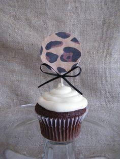 Cute leopard cupcake topper...DIY!