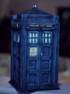 """""""Police Box"""" Cake  «CaKeCaKeCaKe»"""