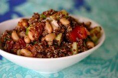 Quick & Easy Quinoa Salad by inspiredrd #Salad #Quinoa #Quick #inspiredrd
