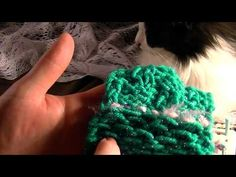 ▶ Loom Knitting - HONEY COMB STITCH - YouTube