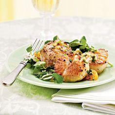 Seared Sea Scallops with Satsuma, Parsley, and Shallot Salsa | CookingLight.com