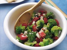 Broccoli, Feta and Tomato Salad Recipe http://pinterest.com/catholicspirit/lenten-meals/