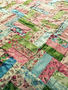 Very simple pattern that could be done with jelly roll if could find the right colors which is what I like about this quilt.  It is so refreshing.