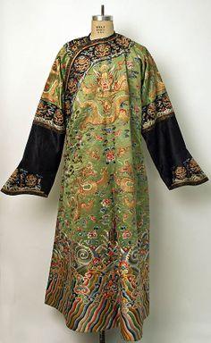 Robe, 19th century, Chinese, silk & metallic thread, Metropolitan Museum of Art