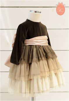 Vestido niña terciopelo falda volantes tutu de Lunares de Mayo. ¡Precioso!