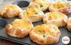 Easy Chicken Pot Pie Puffs | It's a Keeper