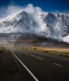 Road to Mountain Mammoth (California)