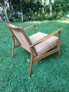 Ib Kofod-Larsen lounge chair model 544-15 / Spear-Arm chair