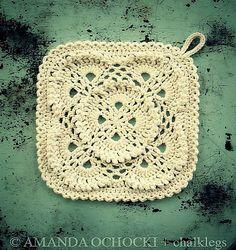 Crochet Fluffy Meringue Blanket Square  Pattern here: http://www.ravelry.com/patterns/library/fluffy-meringue-blanket