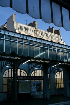 Barbes - Rochechouart Subway Station
