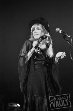 Stevie Nicks - New Haven Veterans Memorial Coliseum (New Haven, CT) Oct 20, 1975
