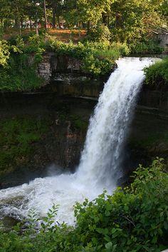 Minnehaha Falls in the summer. Minneapolis Minnesota