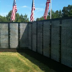 Traveling Vietnam Wall