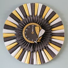 #NewYears Wreath made from black, gold and white party horns, #diy
