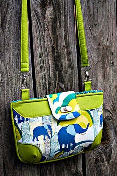 The Brookfield Bag - Free PDF Sewing Pattern by Sara Lawson of Sew Sweetness