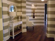 striped walls!