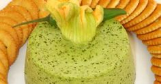 Rica receta de una botana muy rica y fácil de hacer; Mousse de Cilantro por Linda Brockmann.