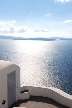 The Simplicity of Oia, Santorini