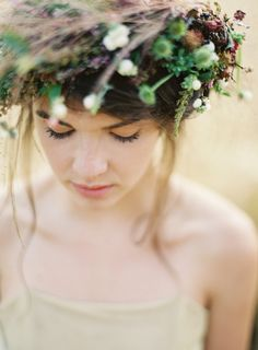 inspiration   harvest floral wreath   rylee hitchner photography   repin via: loverly