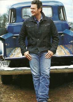 Blake Shelton:)