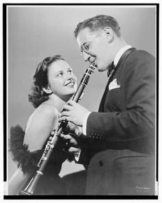 Ah, maybe if i could play the clarinet like Benny Goodman I could get into music school :P