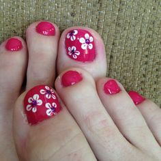Summer flower nail art for toes by Stephanie Watkins