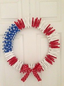 Easy to make 4th of July wreath!