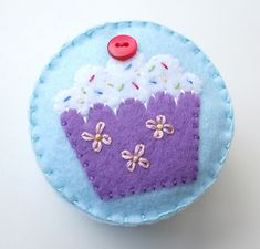 Cupcake pincushion tutorial