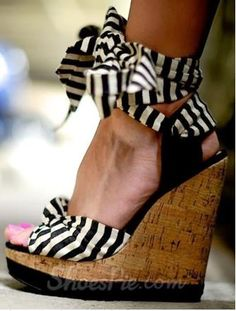 New Arrival Wedge Heel Ankle Strap Platform Sandals