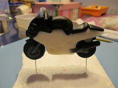 How to make fondant motorcycle topper