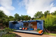 Old Shipping Crate Converted Into Sustainable Guest House | Architect: Poteet architects, architectur, shipping crate house, shipping container houses, backyard, guest houses, garden, shipping containers, ship crate