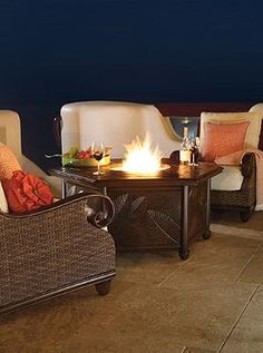 Grab your friends and gather around the warmth of a glowing fire with the St. Martin 5-pc. Chat Set with Cast-aluminum Fire Table that provides you with a fun place to entertain late into the night even during the chilly nights of fall.