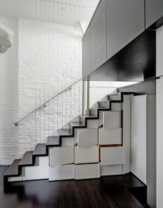 houseof1000fabrics:Black. Grid. White.