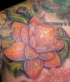 Love the detail in this lotus flower