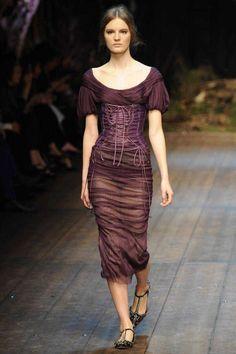 Dolce & Gabbana | Fall 2014 Ready-to-Wear Collection | Style.com fashion weeks, corsets, autumn, runway, dolc, fall 2014, gabbana fall, photo galleries, 2014 readytowear