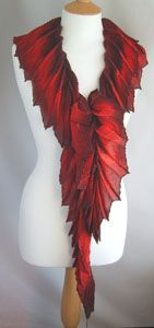 Exquisite scarf. On my list to attempt this. dragon wishlist, red dragon