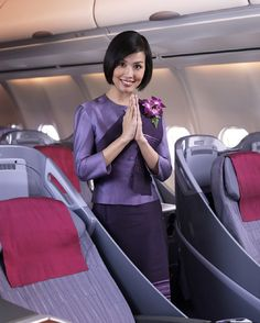 Thai Airways Flight Attendant/Stewardess Uniforms ~ Cabin Crew Photos