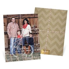 These unique Christmas cards consist of three separate cards stacked together and tied with brown and white baker's twine for friends and family to open. #christmascards #bakerstwine #uniquechristmascards #holidayphotocards