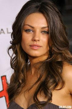 Google Image Result for http://www.ohlays.com/wallpapers/milakunis8.jpg