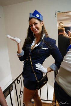 How to Make a DIY Pan Am Air Stewardess Costume #Halloween #Costume