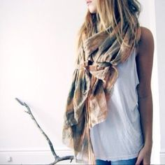 That scarf ♥