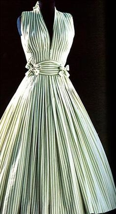 Madam Carven late 1940s, I'm in LOVE ! bottl, vintage beauty, fashion, ma griff, pattern, the dress, green dress, stripe, 50s dresses