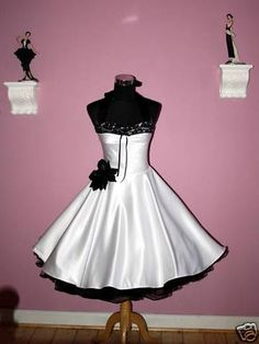 pin up wedding dress - love it