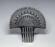 Auguste Bonaz comb, lace design. @Deidré Wallace