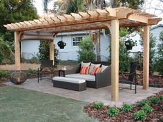 Ahhh, perfect sitting area you can do anywhere.....Outdoor Structures : Home Improvement : DIY Network