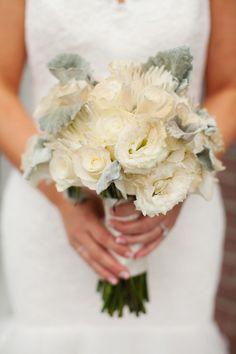 Mint and Gold Portland Winter Wedding: http://www.stylemepretty.com/oregon-weddings/portland/2014/05/07/mint-gold-portland-winter-wedding/   Photography: Love the Sweet Life - http://www.lovethesweetlife.com/