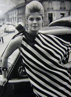 beauti women, women fashion, peopl, 1970s film, candac bergen, candic bergen, style icon, black, stripe